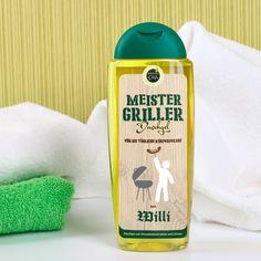 Das Etikett dieses Oliven-Duschgels wird mit Ihrem Wunschnamen personalisiert und ist speziell für Hobby Griller gedacht. Nach anstrengender Arbeit am Grill, braucht Man(n) eine Erfrischung unter der Dusche. Hergestellt aus Olivenextrakten und Limone pflegt das Duschgel schonend die Haut.