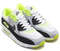 Nike Air Max 90 Breathe Volt Detailed Pictures