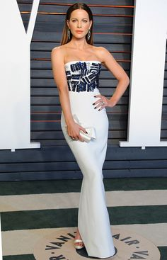 Oscars 2016: All the Dresses You Didn't See | People - Kate Beckinsale in Romona Keveza