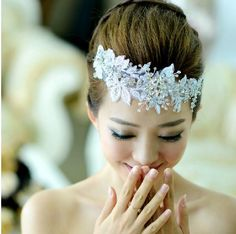 New Vintage White Lace Crystal Bridal Wedding Flowers Pieces Hair Accessories Comb Pins Pearl Beaded Headband Tiara Rhinestone Jewelry Favor