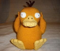 Psyduck and a bunch of other Pokemon amigurumi! Crochet Amigurumi, Amigurumi Patterns, Amigurumi Doll, Crochet Dolls, Crochet Patterns, Cute Crochet, Crochet Crafts, Crochet Projects, Pokemon Crochet Pattern