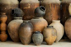 Origine: Province de Leon (?) Ceramic Flower Pots, Ceramic Jars, Ceramic Pottery, Colour Pencil Shading, Vintage Pottery, Wabi Sabi, Home Crafts, Sculpture Art, Decorative Accessories