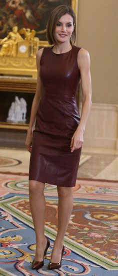 Doña Letizia attending audiences at Zarzuela Palace. 30 Oct 2015                                                                                                                                                                                 More