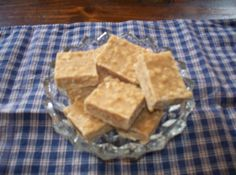 Easy Peanut Butter Fudge with Saltines!
