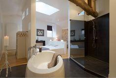 Ferme elhorga, Chambre d'hôtes à Saint-Pée-sur-Nivelle. Faîtes une halte bien-être et détente en Pays Basque