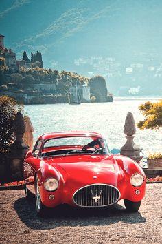 Maserati : こんな感じでトヨタ2000GT探してます