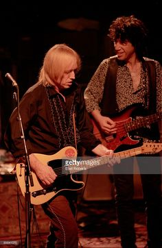 Photo of Tom PETTY and Howie EPSTEIN