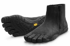 07be9039a31 These Vibram FiveFingers Bormio Barefoot Trail Running Boot are men only