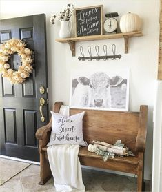 Farmhouse Entryway Decor Ideas 24 18 Elegant Ways to Give Your Entryway Farmhouse Style the Cottage Market 8 Country Decor, Rustic Decor, Country Style, Rustic Backdrop, Rustic Chair, Country Interior, Rustic Curtains, Rustic Outdoor, Rustic Theme