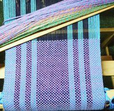 Plain weave on a rigid heddle loom