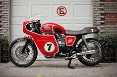 La Siete Triumph Bonneville ~ Return of the Cafe Racers