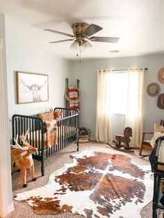 As soon as I found out I was having a boy I knew exactly what I wanted his room to be! Western Baby Nurseries, Western Nursery, Western Bedroom Decor, Western Rooms, Baby Boy Nurseries, Country Boy Nurseries, Vintage Cowboy Nursery, Cowgirl Nursery, Western Decor