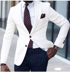 fall mens fashion that look stunning. Mens Fashion Blog, Mens Fashion Suits, Mens Suits, Fashion Design, Fashion Trends, Dark Skin Men, Formal Men Outfit, Formal Outfits, Herren Outfit