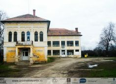 Kemeny Castle in Jucu, Cluj Home Fashion, Castles, Mansions, House Styles, Home Decor, Mansion Houses, Chateaus, Room Decor, Villas