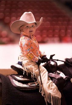 Remember that it's show season!  Are you and your little cowpoke ready for lead line classes?  Shop Discount Stable for the perfect matching outfits!