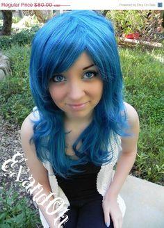 I want a blue wig!