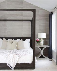 Luxurious bedroom in