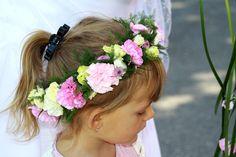 First Communion: Pink Flower Wreath | Pierwsza Komunia: Rozowy Wianek na glowe First Communion, Flowers, First Holy Communion, Royal Icing Flowers, Flower, Florals, Floral, Blossoms