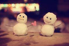 mini snowmen love. :)>>>> fellow Whovians, you know what I am thinking XD
