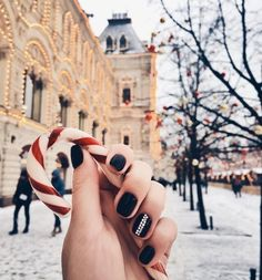 now I want a candy cane and to be in a snowy place