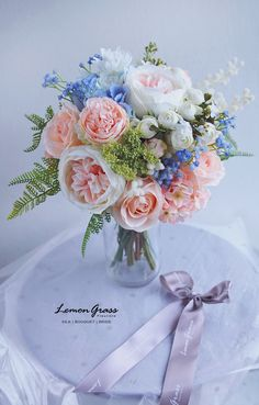 So beautiful wedding bouquet