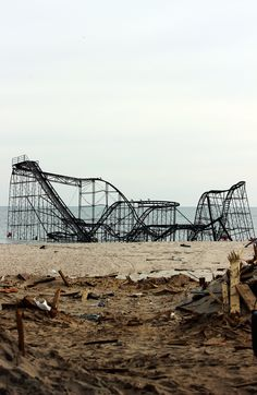 roller coaster, seaside park, jersey shore after hurricane sandy 2012 Old Buildings, Abandoned Buildings, Abandoned Places, Abandoned Castles, Abandoned Theme Parks, Abandoned Amusement Parks, Amusement Park Rides, Fallout New Vegas, Haunted Places