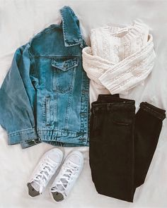 #hotseller #bestselling #sweater #knitwear #sweaterweather #denimjacket #denim #cozy #casualoutfit #ootd #outfitinspo #outfitideas #fall #falloutfits #fashion #denimondenim #jeans #flatlay #lovegm #goodnightmacaroon.co