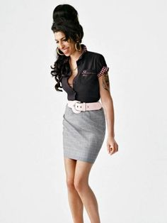 2000's is a mish mash of styles   Amy Winehouse      #nixiedjubilee