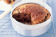 Bring+a+smile+to+everyones+face+this+winter+with+this+warm+sticky+date+pudding.