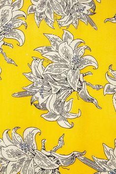 Vivid pattern on a Topshop dress. I love yellow!