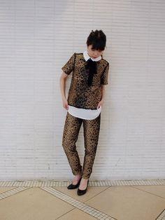 定番のレイヤードブラウス&同じ柄のpantsで セットアップスタイル! ヒョウ柄のような、、、 実はハート柄♥♥♥ パーティスタイルにもバッチリです♪