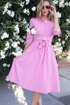 Pink Bombshell || Dainty Jewels Pink Gingham Dress + Revlon Sultry Samba Lipstick + Kate Spade Square Studs + Pink Sandals