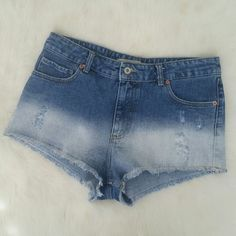 Zara Ombre Distressed Denim Shorts Condition: Excellent. Machine fade/distressed. 100% cotton. NO TRADES!! Zara Shorts Jean Shorts