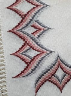 Gabriella Cressa's media content and analytics Bargello Patterns, Bargello Needlepoint, Bargello Quilts, Embroidery Techniques, Embroidery Stitches, Embroidery Patterns, Hand Embroidery, Cross Stitch Art, Cross Stitch Patterns