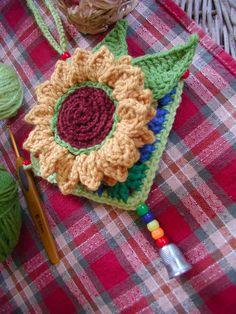 Fiddlesticks - My crochet and knitting ramblings.: SuNfLoWeRs!!!!!