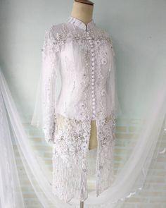 Traditional Clothes, Kebaya, Women's Fashion, Bride, Lace, Instagram, Tops, Wedding Bride