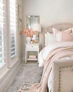Feminine Bedroom, Cozy Bedroom, Bedroom Decor, Bedroom Ideas, Teen Bedroom, Bedroom Makeovers, Bedroom Signs, Girl Bedrooms, White Bedroom