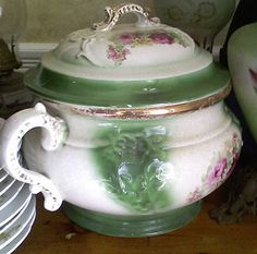 I want this style Victorian chamber pot! http://myauctionfinds.com/wp-content/uploads/2010/02/slopjar350.jpg