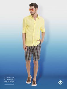 Camisa de linha com bermuda xadrez, par perfeito para enfrentar o verão com elegância.