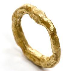 Anelli semplici in oro e argento - Disa Allsopp Ltd - Jewelry Rings, Jewelry Sets, Silver Jewelry, Fine Jewelry, Jewellery Box, Jewelry Stores, Indian Jewelry, Pilgrim Jewellery, Jewellery Exhibition