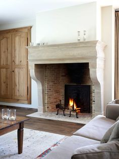 Fireplace design, flush with floor Georgian Fireplaces, Home Fireplace, Fireplace Mantels, Inglenook Fireplace, Fireplace Design, New Homes, House, Georgian Interiors, House Interior