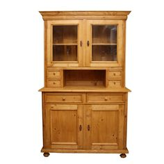 Home decor Salzburg - Traditional in country house style. In the range you will find traditional, Mediterranean and English country furniture, custom furniture and rustic furniture of all kinds Rustic Farmhouse Furniture, Farmhouse Chairs, Country Furniture, Modern Farmhouse, Salzburg, Country Style Homes, Pent House, Custom Furniture, Traditional