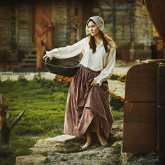 An Ordinary Day by Natalia Ciobanu Cinderella, Female Farmer, Megan Hess, Ordinary Day, Medieval Clothing, Medieval Fantasy, Look Cool, Female Characters, Character Inspiration