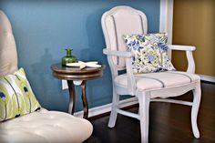 DIY Accent Chair #chalkyfinish #decoartprojects