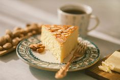 Almond Cakes, Tiramisu, Cheesecake, Ethnic Recipes, Desserts, Food, Tailgate Desserts, Deserts, Cheesecakes