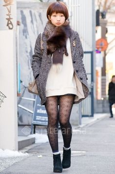 Love Japanese fashion.  They show legs even in the wintertime.  :)