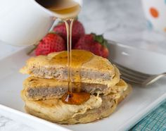 Sausage Pancakes - Make breakfast more fun by combining your sausage with your pancakes~ Super easy, and you get sausage and pancake in each bite!