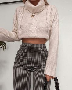Magnificent Winter Outfits Ideas To Wear Right Now - Women's Fashion Ideas - Hair Style 2020 Trendy Outfits, Cute Outfits, Fashion Outfits, Fashion Trends, Fashion Inspiration, Fashion Fashion, Fashion Ideas, Grunge Fashion, Popular Outfits