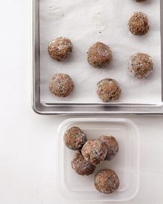 Easy, delicious and healthy Light Turkey Meatballs recipe from SparkRecipes. See our top-rated recipes for Light Turkey Meatballs. Freezer Cooking, Freezer Meals, Easy Meals, Freezer Recipes, What's Cooking, Cooking Time, Meatball Recipes, Turkey Recipes, Beef Recipes