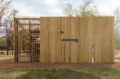 Gallery of Cedar Hall / DesignbuildBLUFF - 14